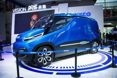 亚洲中国,北京, 2016国际性组织汽车陈列,室内展览室,欧霸,视觉概念汽车 库存图片