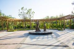 亚洲中国,武清,天津,绿色商展,景观,长的Corridorï ¼ ŒSculpture 免版税图库摄影
