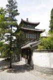 亚洲人中国,北京北海公园,古老大厦 免版税库存照片