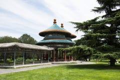 亚洲人中国,北京,天坛,两轮并排的Wanshou亭子 免版税库存图片