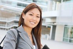 亚洲企业俏丽的妇女 免版税库存图片