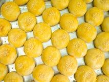 亚洲传统点心,中国人蛋糕,月饼 免版税库存照片