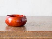 亚洲古色古香的木容器 库存照片