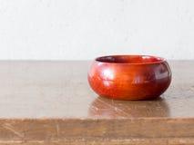亚洲古色古香的木容器 库存图片
