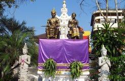 亚洲国王和女王/王后ststues 库存照片