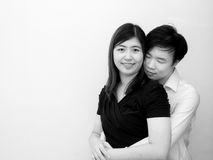 年轻亚洲夫妇在华伦泰` s天 库存照片