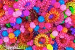 亚洲市场 scrunchy的颜色 库存照片