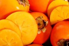 亚洲柿树结果实在最前面的看法。 图库摄影