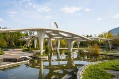 亚洲汉语,北京,庭院商展,景观,水池,亭子,画廊 库存图片
