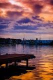 亚洛瓦市小游艇船坞和海口 免版税库存照片