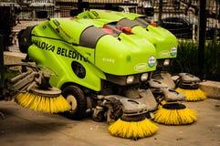 亚洛瓦自治市道路清扫工车  免版税库存照片