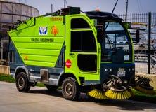 亚洛瓦自治市道路清扫工  免版税库存图片