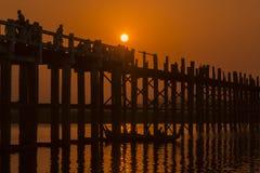 亚洲缅甸曼德勒AMARAPURA U BEIN桥梁 免版税库存照片