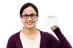 亚洲背景美丽的空白企业女实业家看板卡查出显示常设白人妇女年轻人 库存图片