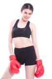亚洲背景美好的拳击手相机盒白种人健身新鲜的乐趣女孩手套讲师查出往佩带的白人妇女的混杂的猛击的种族 免版税库存图片
