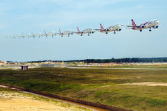 亚洲航空飞机着陆 库存图片