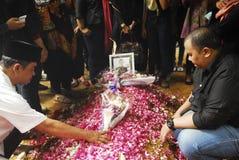 亚洲航空飞行事故遇难者葬礼  免版税库存照片