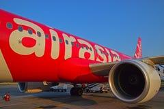 亚洲航空飞行空中客车A320身体  免版税库存图片