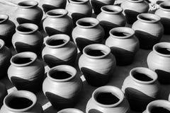 亚洲饮用的罐 免版税库存图片