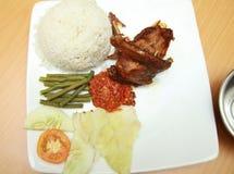亚洲鸭子食物油煎了 免版税图库摄影