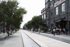 亚洲,中国,北京,前门街,商业街,步行街道 免版税库存图片