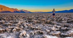 死亡谷国家公园充满活力的晚上视图  免版税库存照片