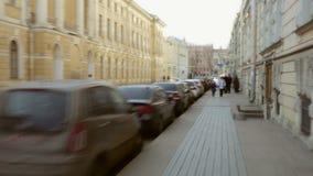 亢奋流逝 圣彼德堡最初人街道  影视素材