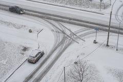 交叉路在冬天 免版税库存图片