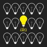交换n和电灯泡集合 3d概念想法图象回报了 滑稽的背景平的设计 免版税库存照片