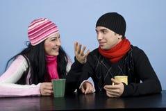 交谈夫妇滑稽有 免版税库存图片