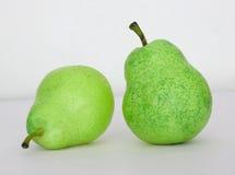交谈绿色梨 免版税库存照片