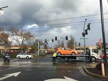 交通事故和拖车 图库摄影