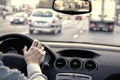 交通在城市 免版税库存图片