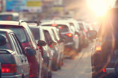 交通堵塞在城市,路,高峰时间 库存图片