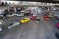 交通堵塞在高峰时间在曼谷 库存图片