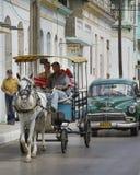 交通工具在古巴2013年 库存图片