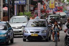 在Kuta,巴厘岛的交通 免版税库存图片