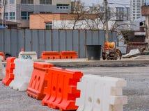 交通障碍和道路工程设备 库存照片