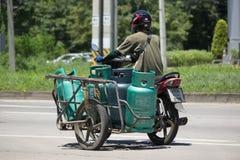交付气体的lpg私有摩托车 免版税库存图片