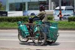 交付气体的lpg私有摩托车 免版税图库摄影