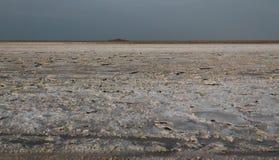 亦称盐湖Karum湖Assale或Asale,在远处Danakil埃塞俄比亚 库存照片