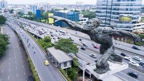 亦称Dirgantara雕象在Pancoran连接点的Tugu Pancoran纪念碑 免版税库存图片