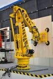 产业机器人胳膊 免版税库存照片