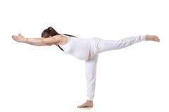 产前瑜伽,战士III姿势 库存照片
