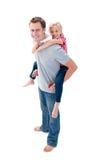 产生他的女儿父亲扛在肩上乘驾 免版税库存照片