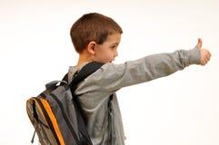 产生赞许的男孩 免版税库存图片