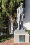 亨利阿特金森雕象在Titirangi,新西兰 免版税库存照片