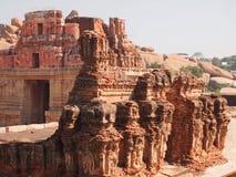 亨比寺庙复合体,联合国科教文组织世界遗产名录站点在卡纳塔克邦,印度 免版税图库摄影