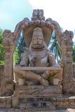 亨比,印度Lakshmi Narasimha雕象  免版税图库摄影
