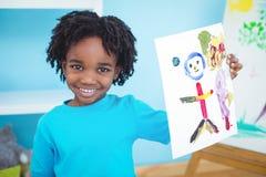 享受艺术和工艺绘的愉快的孩子 免版税图库摄影